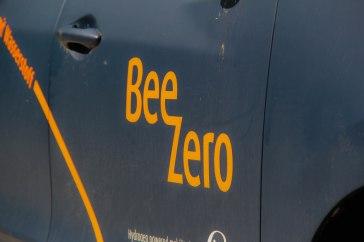 BeeZero-Schriftzug